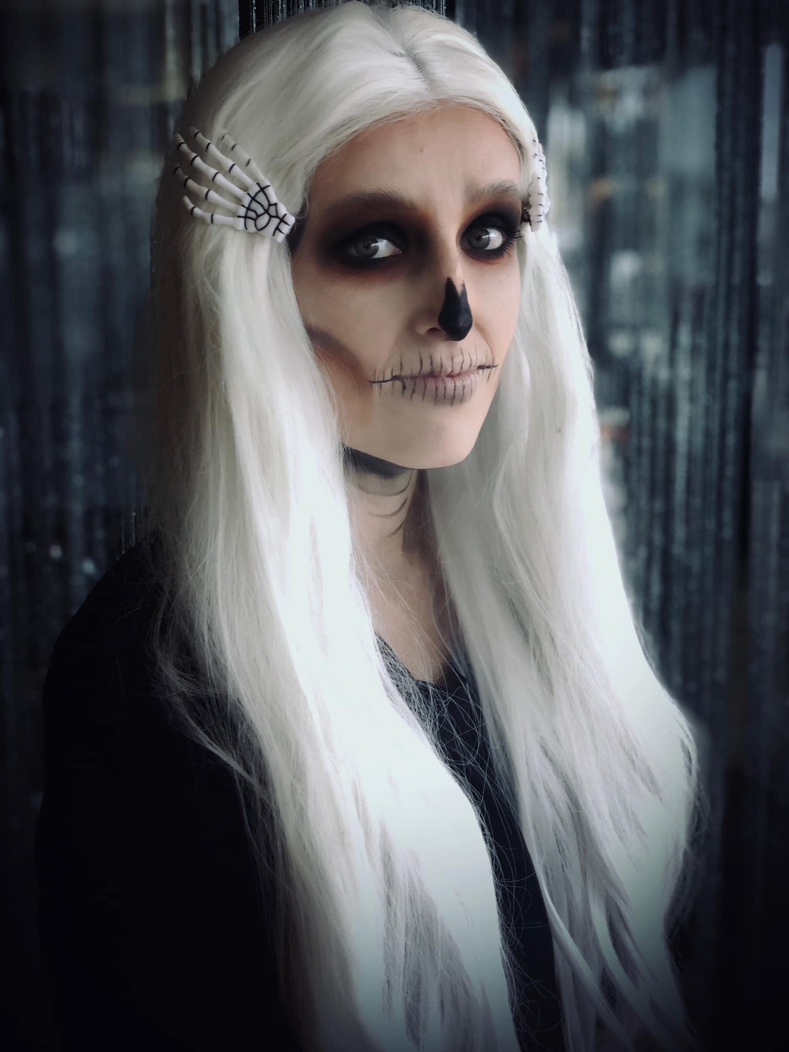 Hair & Makeup By Kaari